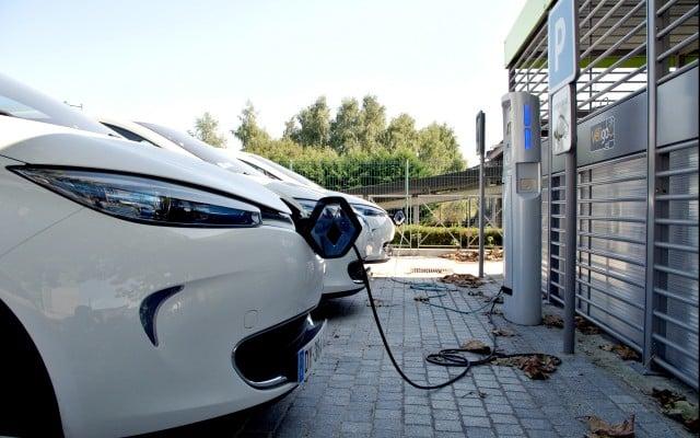 Ämnesbild Bilar och bensinskatt
